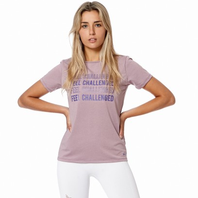 "Remera Estampada ""Feel Challenged"" Lila"